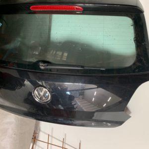 Hayon noir Polo 6c6r