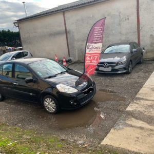 Très belle Renault Clio 3 phase 2 1.2l 16v 75ch Essence 1ère MAIN Clim Distribution NEUVE Carte grise OFFERTE!!!