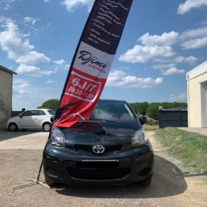 MAGNIFIQUE Toyota Aygo Ph2 5PORTES VVT I-CONNECT 1.0 68ch Essence moteur à chaîne – 53500km d'origine – Clim GPS!!!
