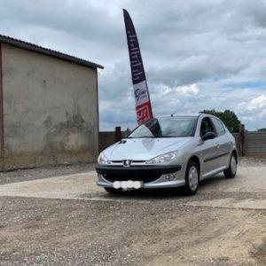 Très belle Peugeot 206 ph2 Essence 1.4 i 75ch Garantie 3 mois